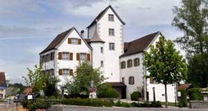 Das Schloss im Thurgau in seiner ganzen Pracht von Aussen